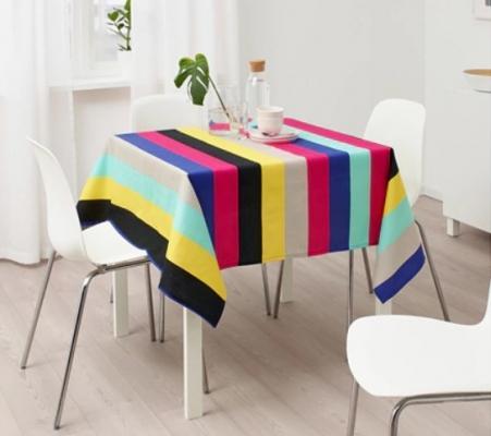Tovaglie da tavola a righe colorate, da Ikea