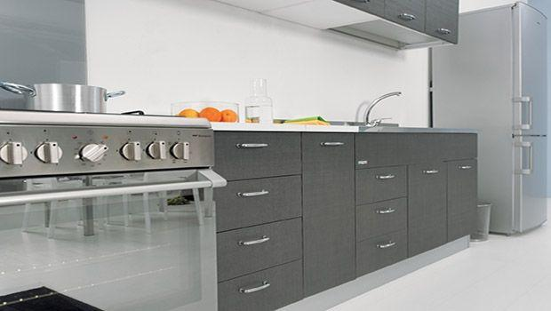Soluzioni funzionali per ogni base sottolavello da cucina