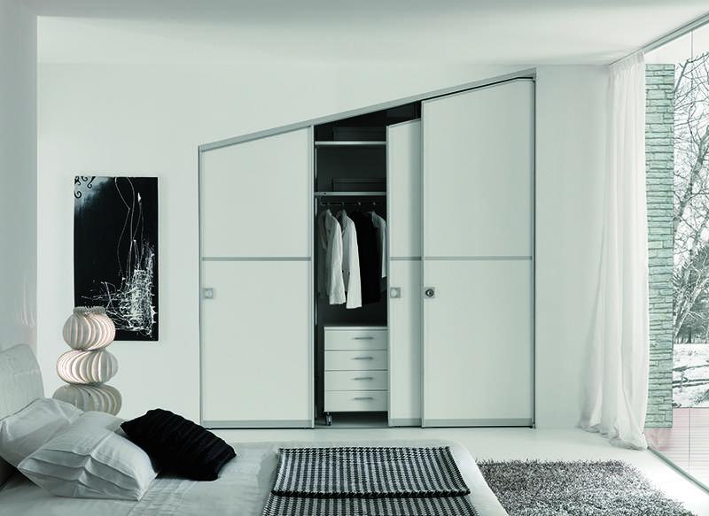 Cabina armadio in mansarda for Ante per armadio in cartongesso