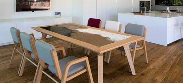 Tavolo in ceramica e legno, modello Marilyn di Domiziani