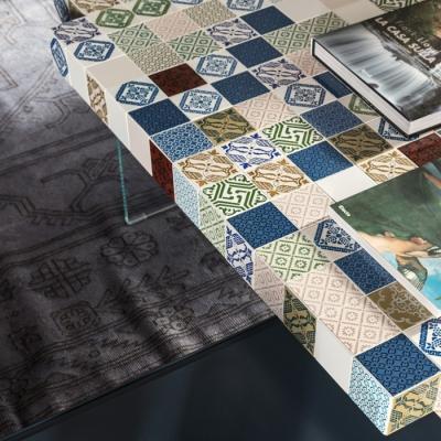 Tavolo in ceramica collezione Air MadeTerraneo di Lago, texture Estate