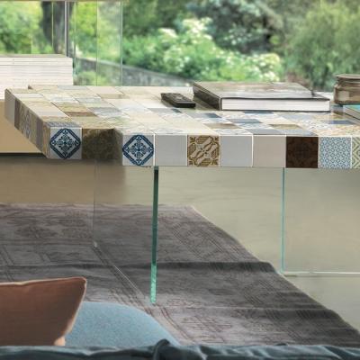 Tavolo con piano ceramico Air MadeTerraneo by Lago, pattern Estate