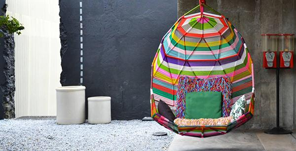 Design outdoor Hundred Mile Moroso Tropicalia Cacoon Swing