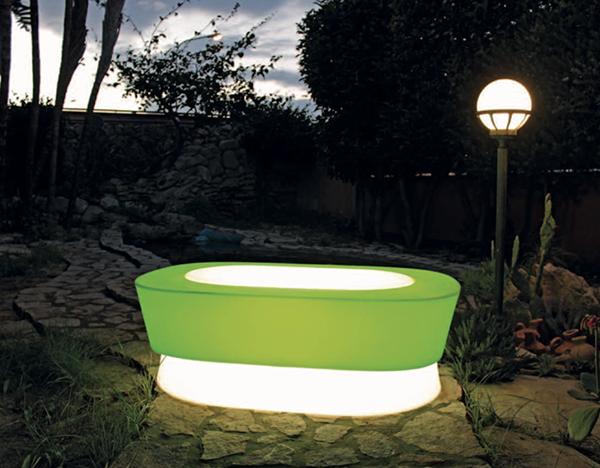Tavolino luminoso outdoor di Kloris