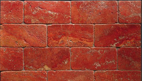 Pavimento di marmo anticato posato a correre, by Linea Rustica Marmi