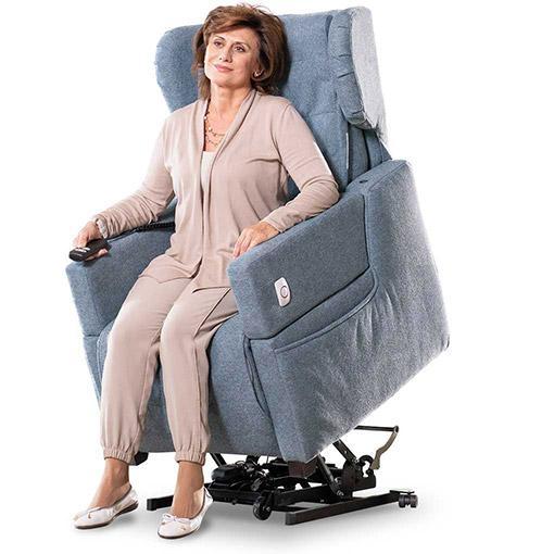 Poltrone elettriche per anziani e disabili telecomandate