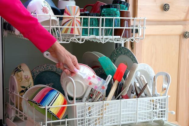 Le stoviglie mal disposte possono rovinarsi e non pulirsi correttamente