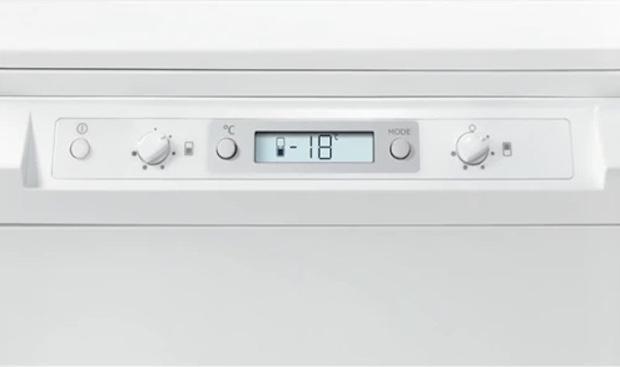 Regolazione indipendente della temperatura del frigo e del congelatore, da Electrolux
