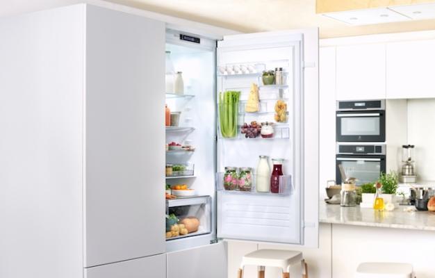 Frigo Electrolux Multispace ispirato ai frigoriferi professionali