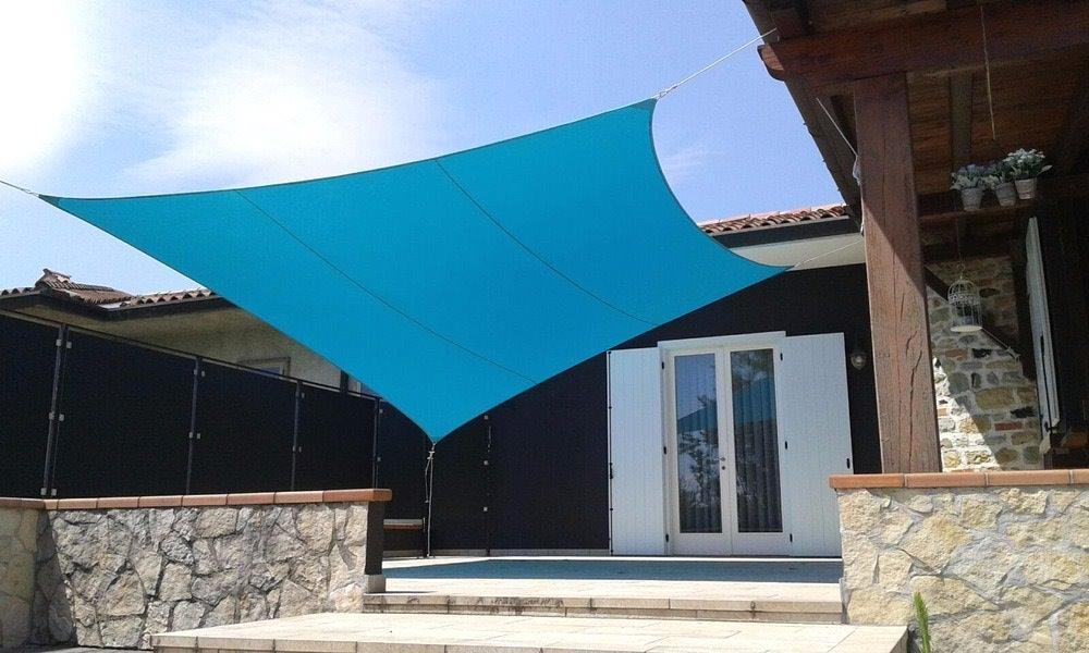 Tenda A Vela Quadrata : Foto vele ombreggianti per il giardino