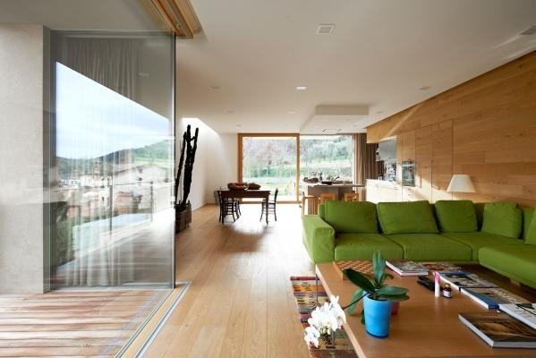 Finestre per tetti piani migliorare la qualit degli spazi for Velux tetto piano