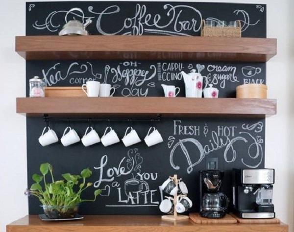 Personalizzare l'angolo caffè con la pittura lavagna, da sehatwae.com