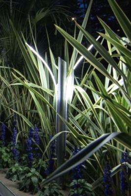 Lampade mimetiche in giardino, Led Minimalism Novaprecisio