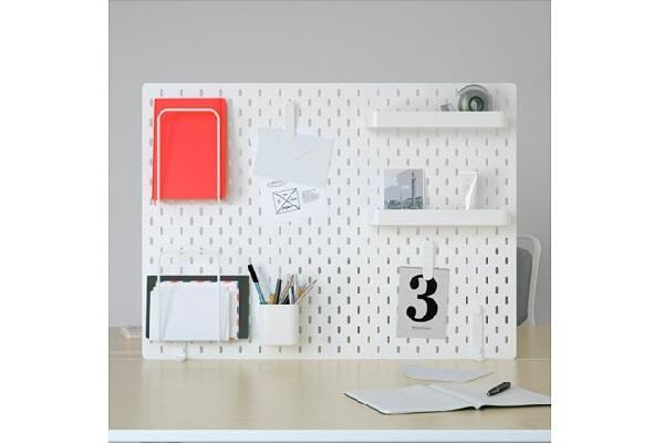Pannello portaoggetti per scrivania Skadis di Ikea