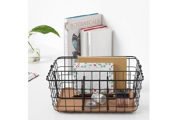 Pleja porta corrispondenza scrivania con manico di Ikea