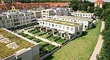 Edifici residenziali con tetti verdi ed orti privati