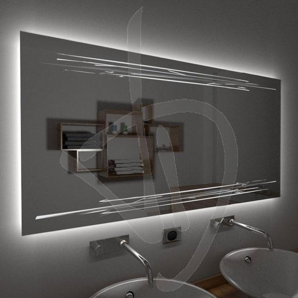 Specchio da bagno con luce a led di Vetreria Dimensione Vetro