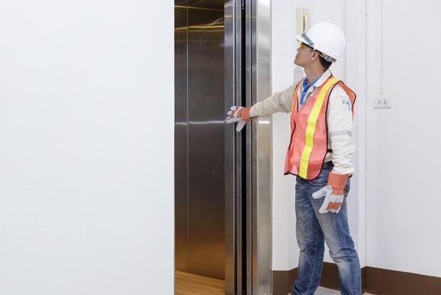 Verifiche periodiche ascensore