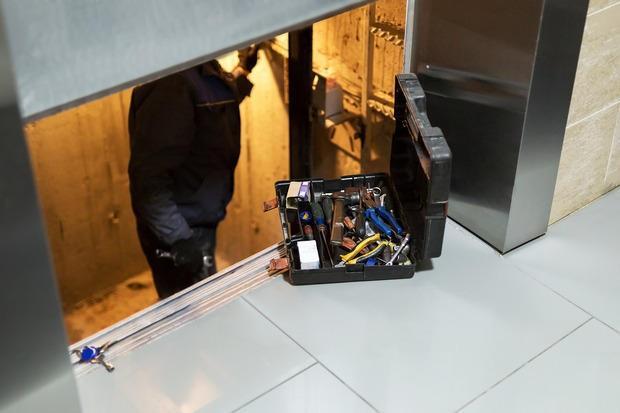 Verifiche e controlli ascensori e montacarichi