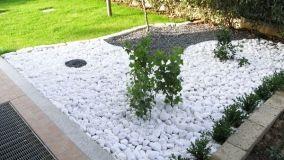 Come creare giardini ornamentali con i sassi da giardino