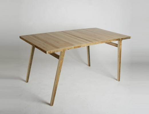 Tavolo con assi di recupero di parquet di Rocker Lane