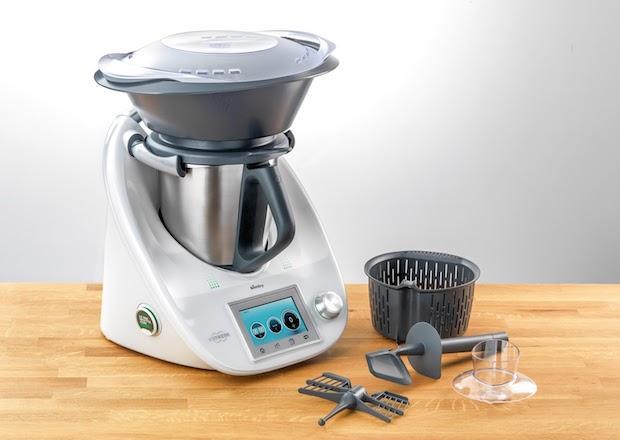 Bimby, la nuova versione del robot da cucina tuttofare, da Vorwerk