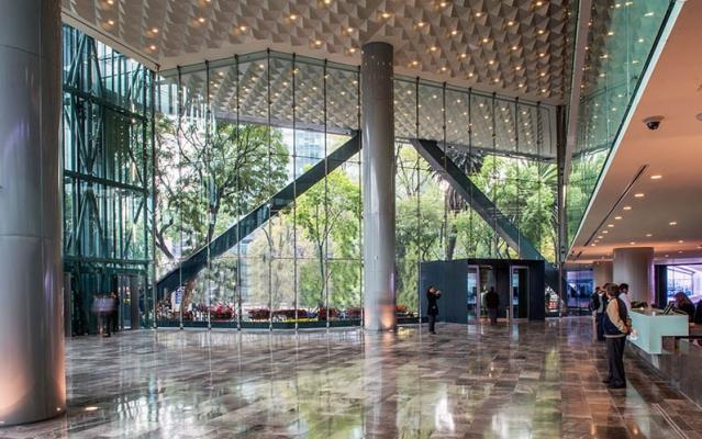Struttura in acciaio della torre BBVA Bancomer di Città del Messico acciaio, di Fondazione Promozione Acciaio