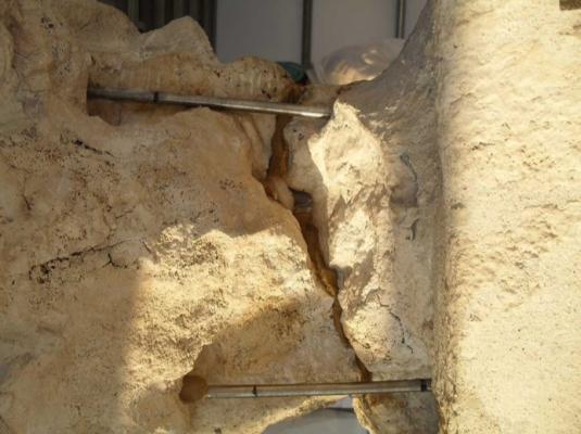Consolidamento di muratura lesionata con barre di titanio, by Consorzio Zenith