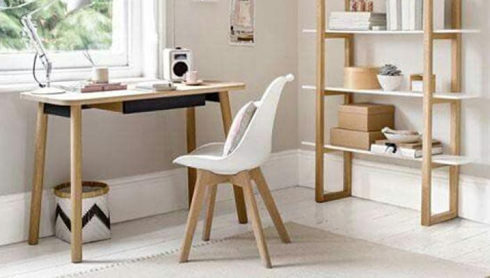 Sedie in stile scandinavo for Arredamento scandinavo on line