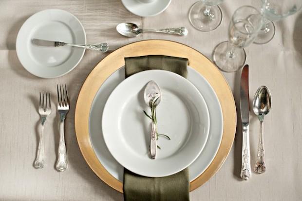 Segnaposto con cucchiaino, da elizabethannedesigns.com
