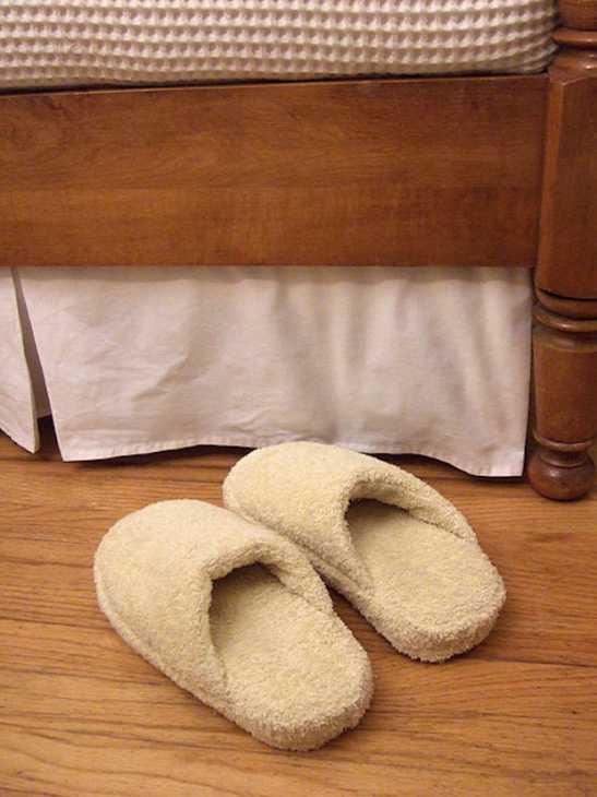 Ciabatte in spugna per la doccia, da craftynest.com