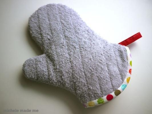 Presina da forno realizzata con un vecchio asciugamano, da michelemademe.com