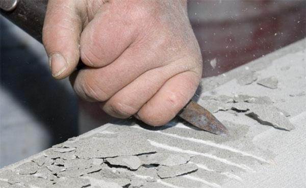 Lavorazione artigianale della pietra serena, by Raspanti