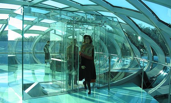 Ascensore inclinato completamente vetrato di Maspero Elevatori