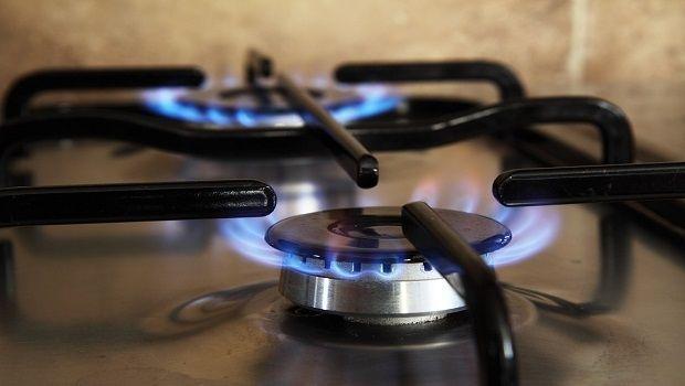 Gas casa e aumento della bolletta: ecco come contenere i consumi