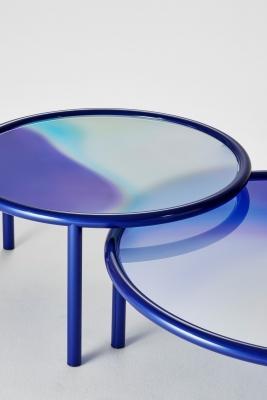 Tavolini in cristallo con sfumature, da Glass Italia