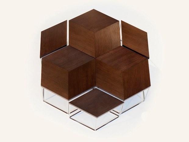 Tavolino in legno dalle forme esagonali di Mobi