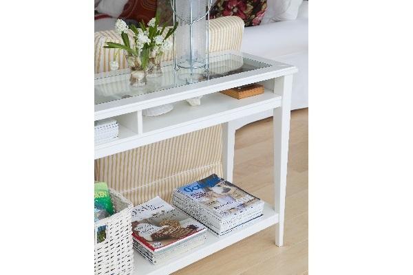 Tavolo consolle Liatorp Ikea dettaglio