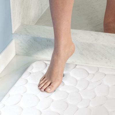 Tappeto bagno antiscivolo in memory foam su Amazon