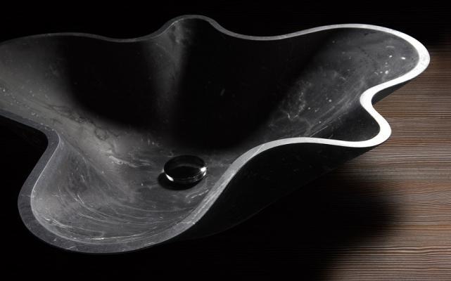 Lavabo in pietra design a corolla Bowl N°1 di Kreoo