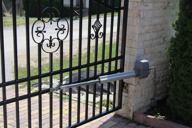 Installazione cancello