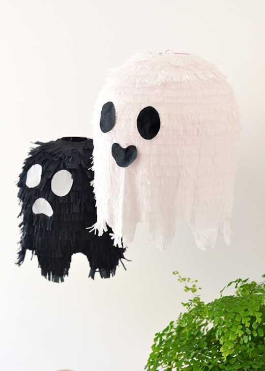 Per halloween, lanterne a forma di fantasmini: parte 6, da makeandtell.com