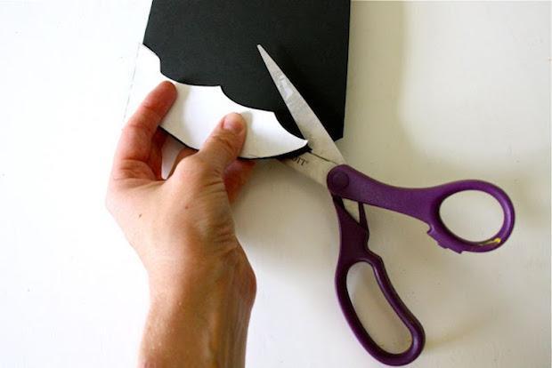 Disegni per halloween: realizzare pipistrelli di carta, da madeeveryday.com