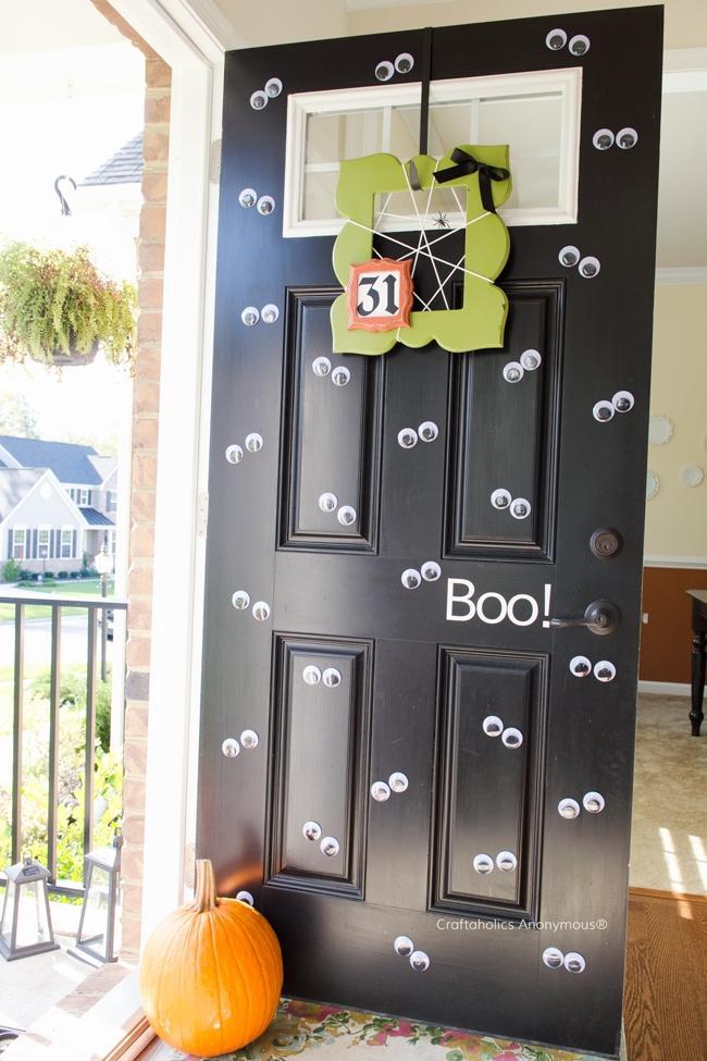 Per Halloween: porta di ingresso dell'orrore, da craftaholicsanonymous.net