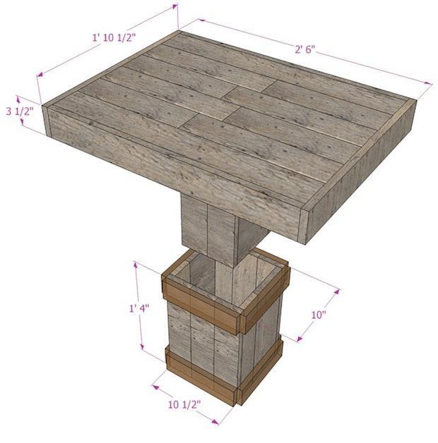 Tavolino da esterno con assi in legno, da apieceofrainbow.com