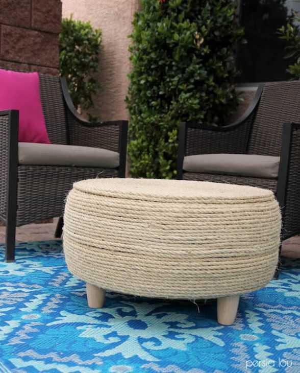 Tavolino da esterno con pneumatico, da persialou.com