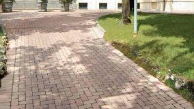 Pavimenti per esterni carrabili: soluzioni classiche e contemporanee