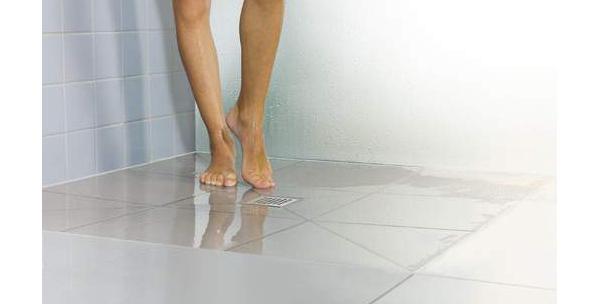 Scarico centrale Kerdi Drain per doccia a pavimento di Scluter