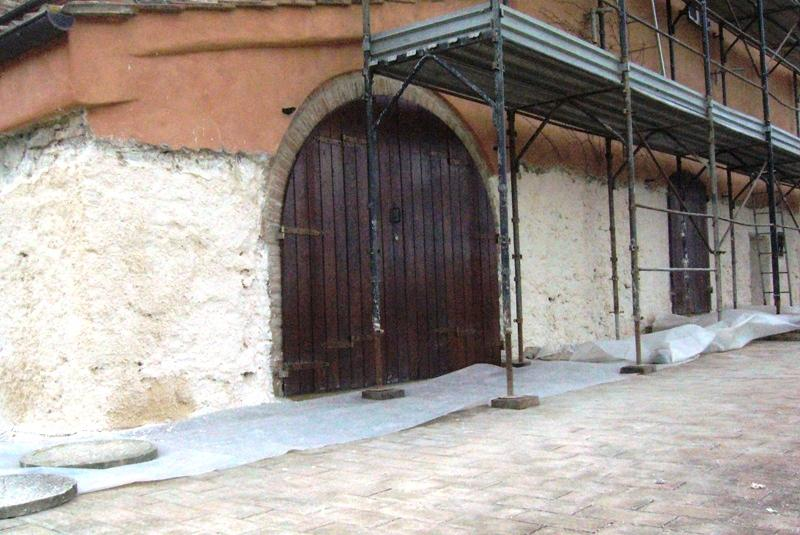 Desalinizzazione di muro stonacato a garanzia della durata del nuovo intonaco