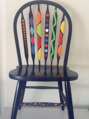 Come dipingere le vecchie sedie in legno, da diyandart.com